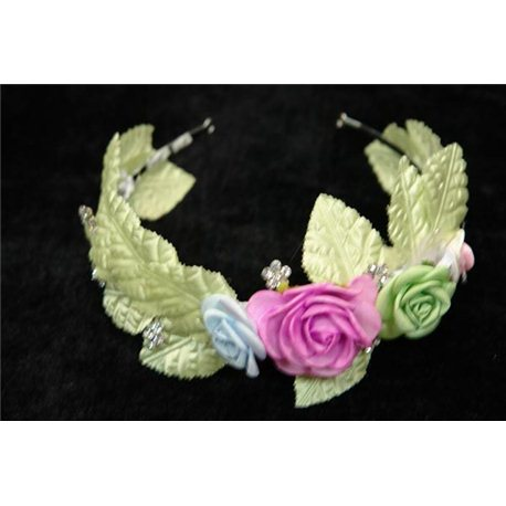 Обруч c камнями и тканевыми розовыми розочками, с ленточками 3407