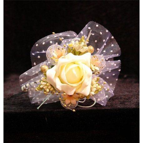 Обруч весений букет с фатином бледно-желтая Роза 4278
