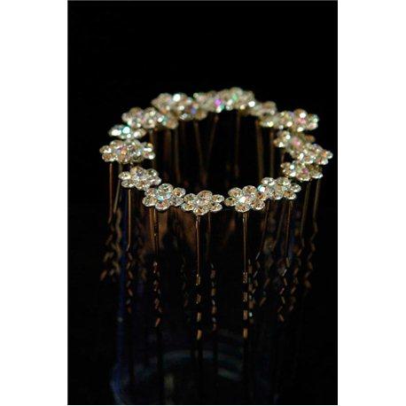 Шпильки цветок из 6-ти камней и прозрачным камнм в центре