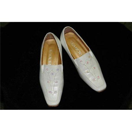 Pantofi eleganți pentru fetițe albi .27 2140