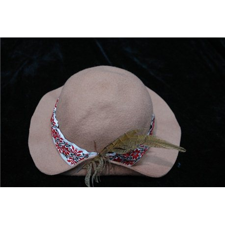 "Национальная шляпа ""Пэкалэ"" коричневая 4808"